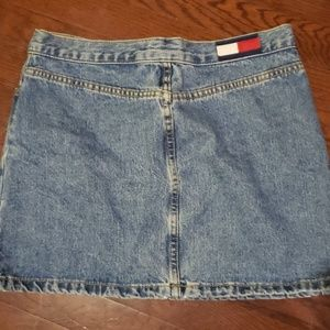 TOMMY JEANS Lola mini skirt (authentic) size 7